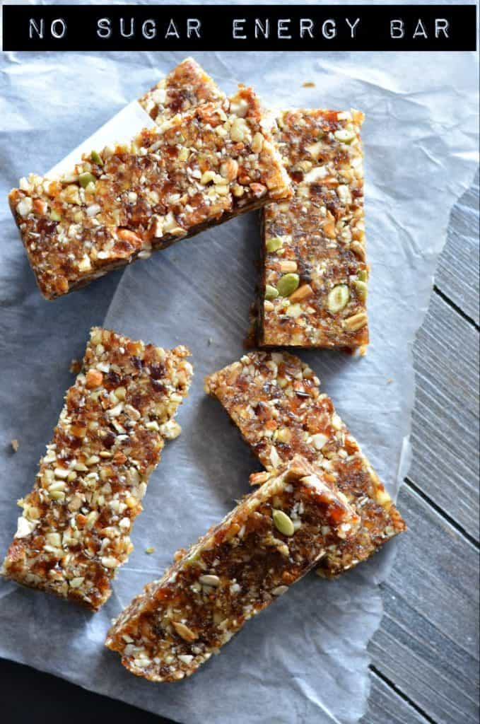 These no-bake date energy bar are loaded with natural ingredients like dates, walnut, almonds, and nuts like pumpkin seeds and sunflower seeds