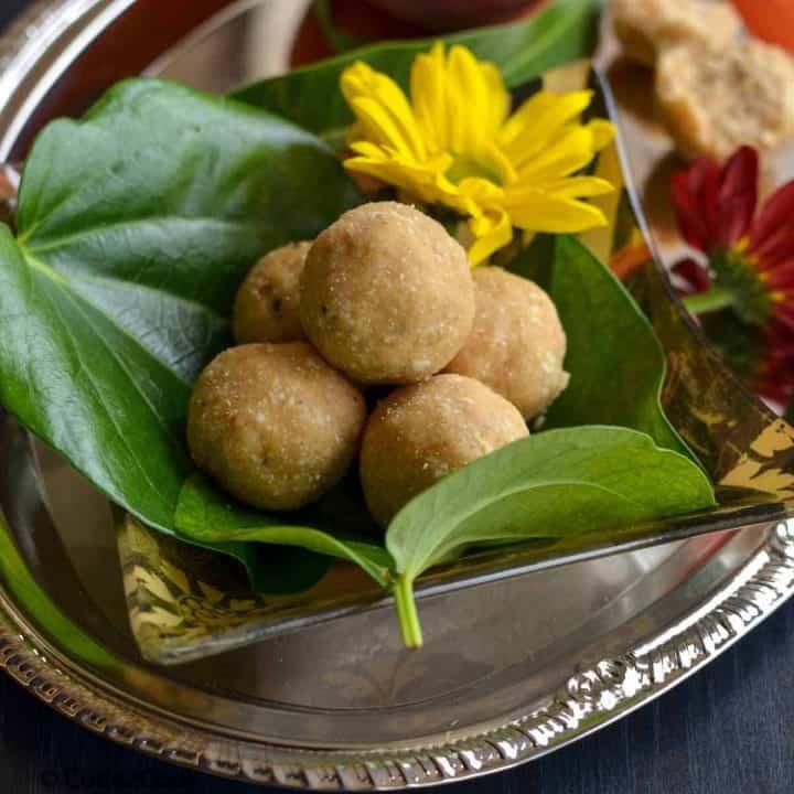 close up click of peanut laddu
