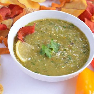 Tomatillo salsa verde is a fresh, healthy, dip made with roasted tomatillos. This dip is great for tortilla chips or veggies chips or with pita chips. Tomatillos salsa verde is easy to make at home, it takes only 30 minutes to make this tasty dip with just a few ingredients. It makes a perfect party appetizer or any meal starter recipe.